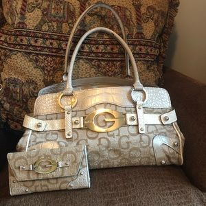 Vintage Guess purse and wallet